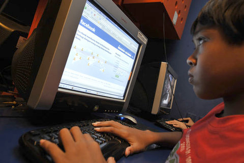 Children on Facebook Kids Internet Safety 101: Tips and Warnings